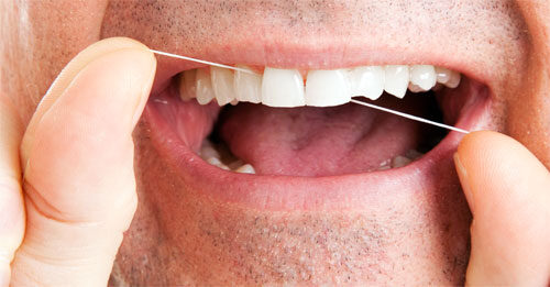 fehér nyelv és rossz lehelet kezelés