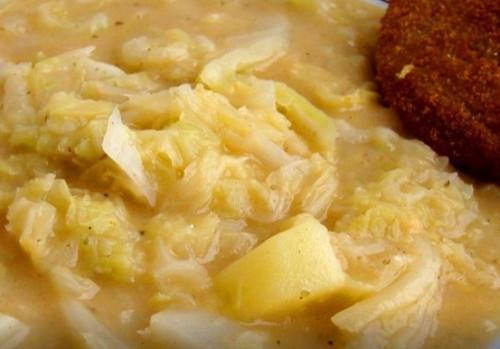kelkáposzta főzelék készítése)
