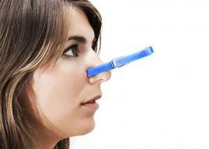 Keserű íz a szájban - Típusok December - Keserűség a szájban folyamatosan szaga van a szájnak